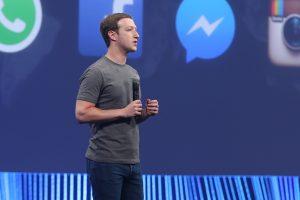 फेसबुकलाई नियन्त्रण गर्न  सरकार जिम्मेवार हुनुपर्छ : जुकरबर्ग